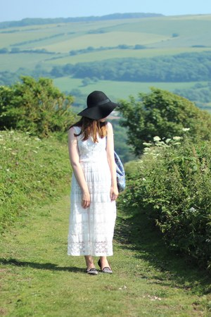 black fedora Primark hat - white maxi lace Newlook dress