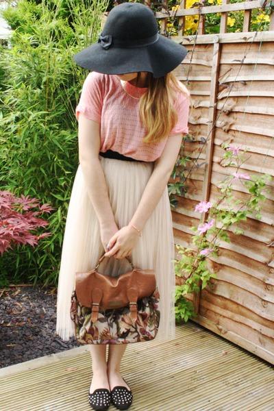 neutral Ebay skirt - black Primark hat - dark brown Primark bag