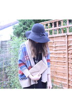 black Primark shirt - black Primark hat - light yellow Newlook bag