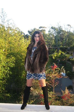 brown vintage fox coat - blue personal design dress - black seychelles boots