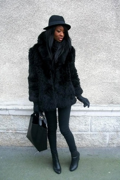 Black Vintage Faux Fur Coat | Chictopia