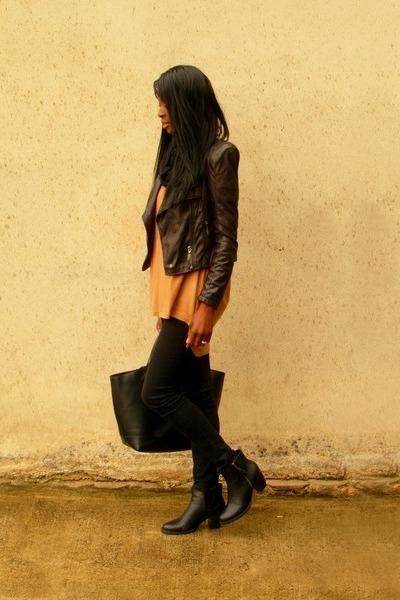 black Pimkie jacket