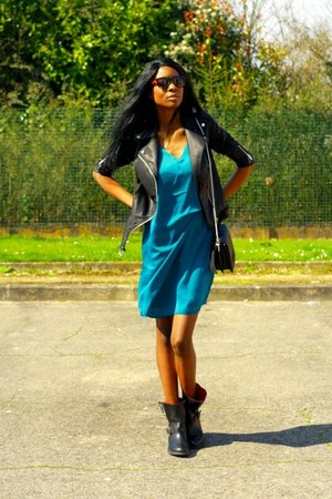 green YAS dress
