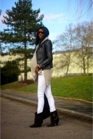 dark gray Isabel Marant boots - black Stella McCartney bag