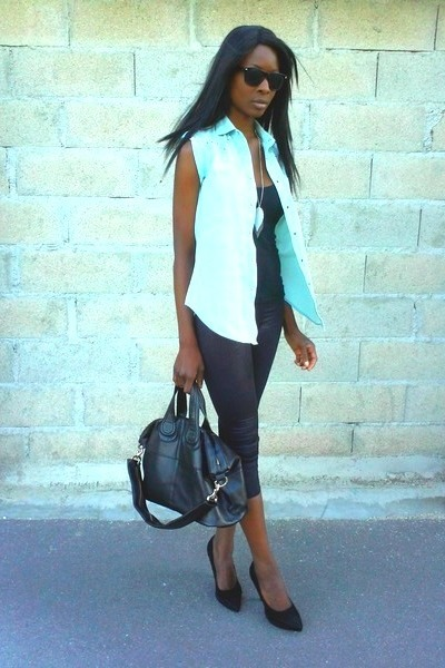 light blue sleeveless vintage shirt - black tregging Stradivarius panties