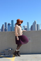 new york & co hat - Steven Madden boots - American Apparel top