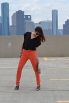 orange high waist Urban Outfitters jeans - black Express shirt