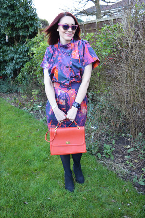 navy Bolongaro Trevor dress - carrot orange leather bag