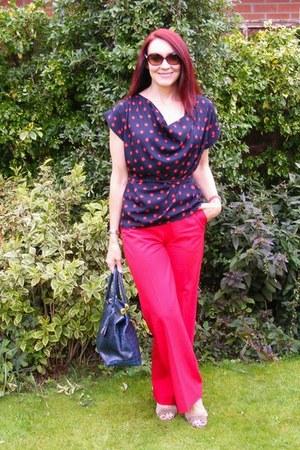 red Oasis pants - navy Dorothy Perkins top