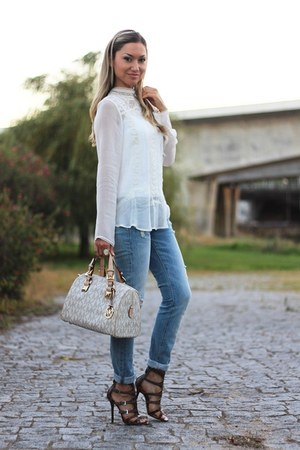 Zara shirt - Zara jeans - Michael Kors bag - Nine West sandals