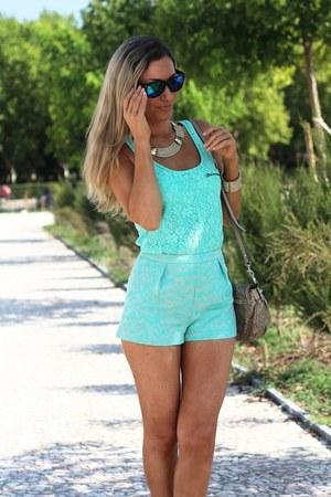 Nine West sandals - Guess bag - Primark shorts - Pimkie blouse
