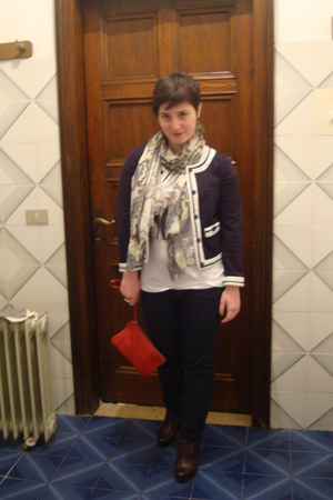 navy Gas jeans - navy Zara jacket - light blue silk rod scarf - red leather bag
