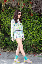 yellow oxfords Cole Haan shoes - periwinkle floral print Zara shorts