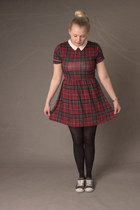 brick red tartan Pretty Little Thing dress