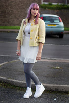 light yellow checkered new look jacket - white lace and pleats Primark dress