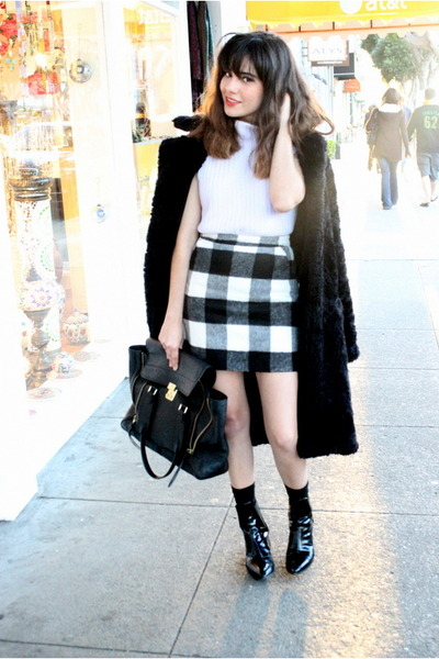 faux fur Betsey Johnson coat - Zara boots - leather 31 Phillip Lim bag