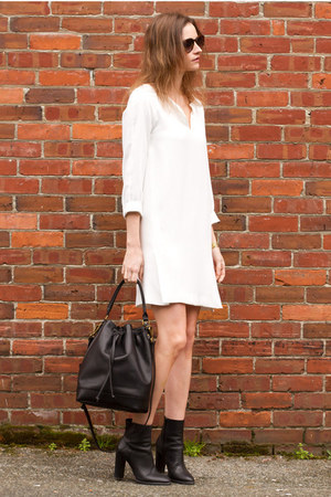 black vince boots - white Zara dress - black bucket madewell bag