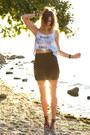 Light-blue-choies-top-black-urban-outfitters-skirt