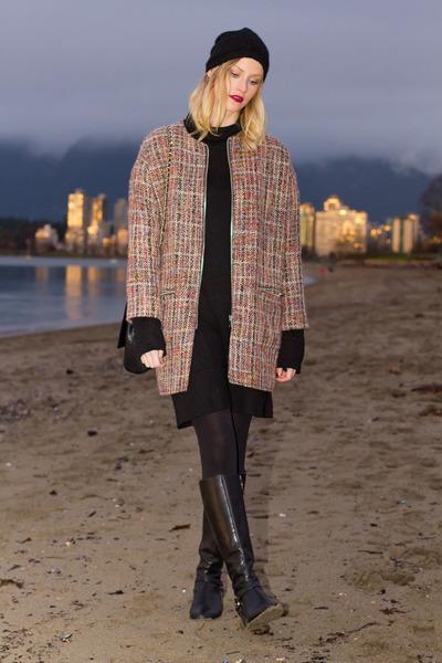 black Via Spiga boots - light pink Topshop coat