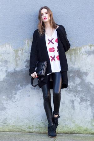 black leather Aritzia leggings - black rag & bone bag - black MinkPink cardigan