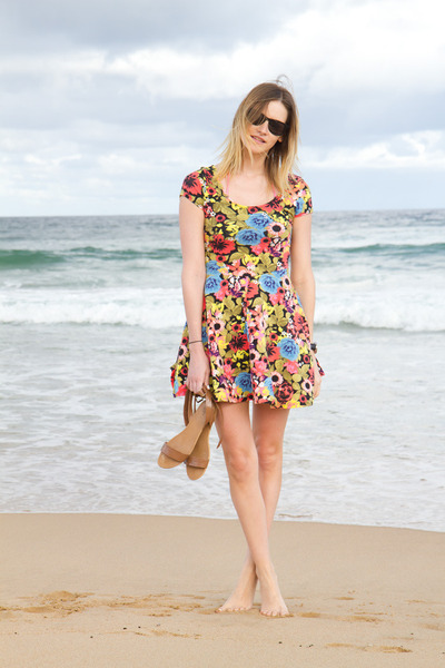 bubble gum H&M dress - tan Zara sandals