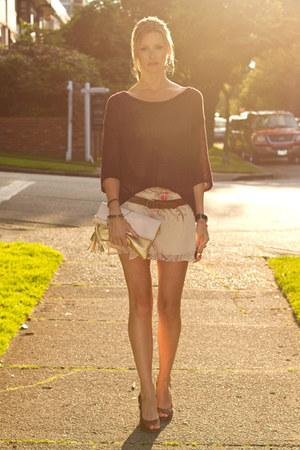 maroon Aritzia sweater - light pink H&M bag - neutral Kookai skirt