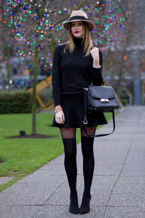black Fiore tights - tan Holt Renfrew hat - black kate spade bag - black H&M top