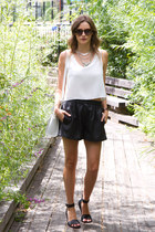 ivory Jack French London bag - black Zara shorts - black vince sandals