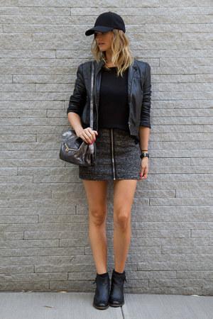 black Topshop boots - black Aritzia hat - black Forever 21 jacket