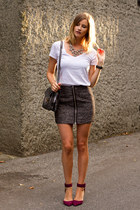 charcoal gray Aritzia skirt - white Witchery top - magenta Zara heels