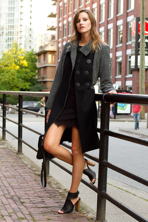 dark gray Dawson & Deveraux coat