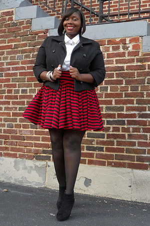ruby red striped Norma Kamali skirt - black ankle boots Bakers boots