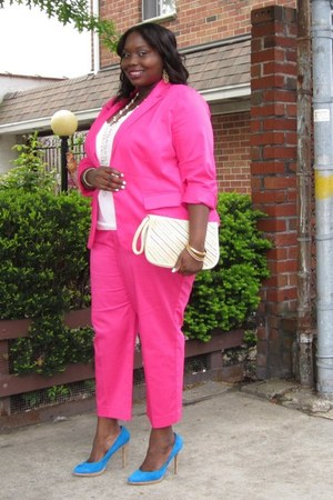 hot pink Avenue blazer - hot pink capris Avenue pants