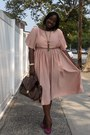 Light-pink-h-m-dress-dark-brown-h-m-bag-magenta-bcbg-pumps
