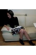 from japan hat - from japan blouse - HK belt - Forever21 skirt - from Ebay boots