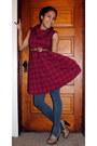 Brick-red-target-dress-gray-target-tights-beige-aldo-heels