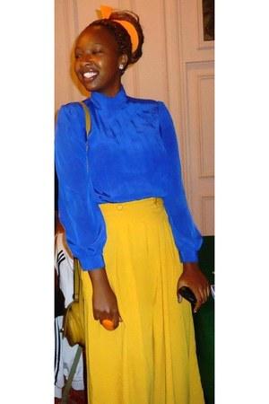 mustard bag - palazzo pants - heels - vintage blouse