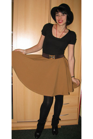 diy skirt - leather boots - thrift hat - bow belt belt