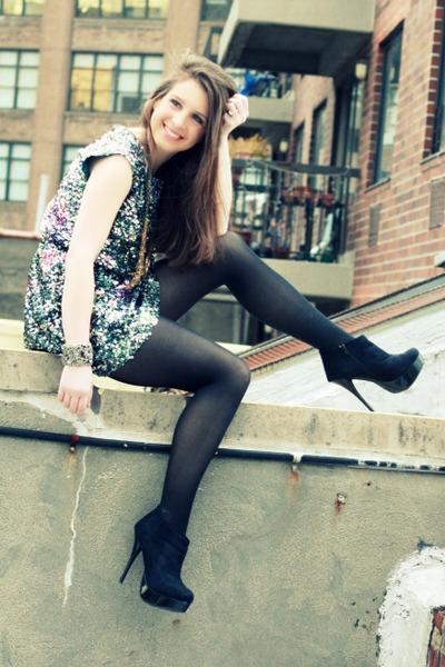 gold Dannijo necklace - black Charlotte Russe boots - black Elie Tahari dress