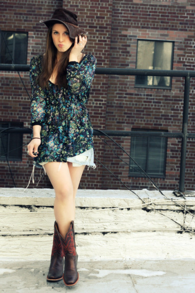 brown Ariat boots - blue free people shirt - blue Abercrombie skirt - brown vint