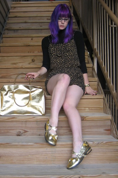gold Antaina flats - gold Michael Kors bag