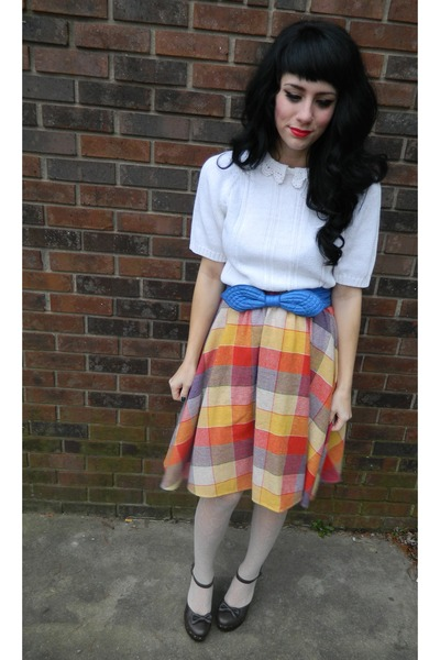 orange rainbow vintage skirt - white vintage sweater - beige hearts f21 tights
