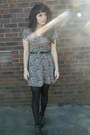 Light-pink-floral-vintage-dress-black-tights-black-heart-cut-out-belt