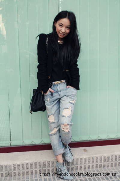 boyfriend jeans Zara jeans - denim Mango boots - golden zip Zara jacket