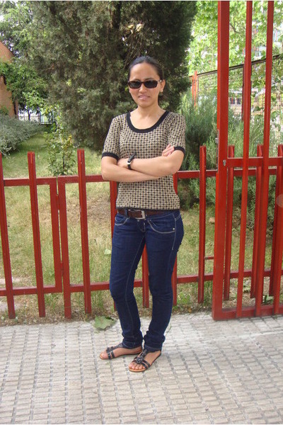 Levis jeans - Vogue glasses - Mustang sandals - Episode top - Massimo Dutti belt