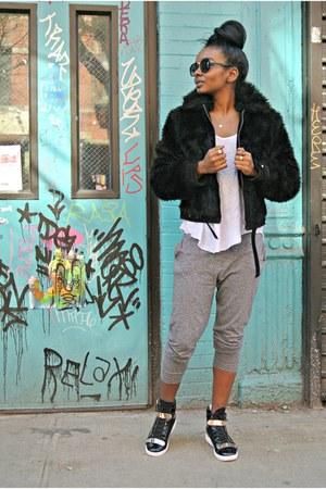 Express jacket - Zara t-shirt - Forever 21 pants
