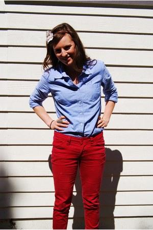 blue linen Small random shop shirt - red Forever 21 pants - flower headband Char