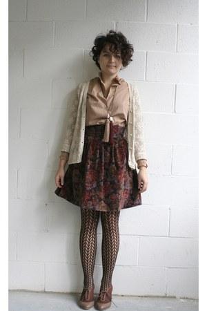 thrifted vintage blouse - supayana skirt - tights - supayana necklace