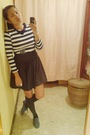 168-top-black-thrifted-skirt-gray-possibility-shoes-black-burlington-socks