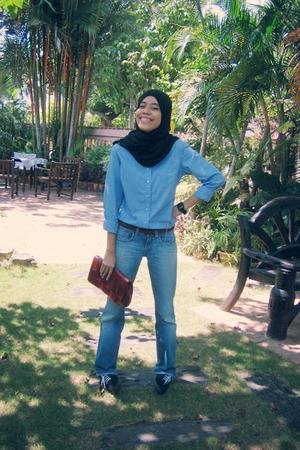 shirt - Zara jeans - Equip purse - belt - garage shoes - casio